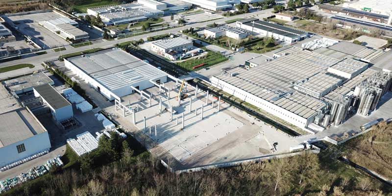 fainplast expands